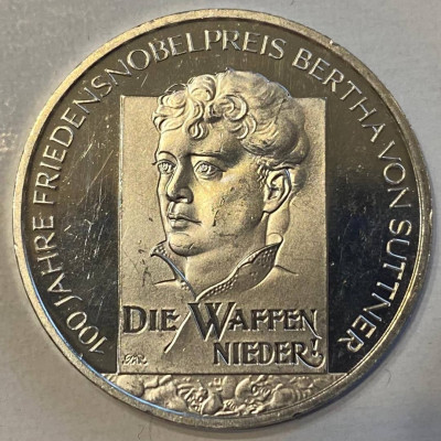 Германия 10 евро 2005 год Берта фон Зутнер серебро Ag 925. 18 гр.