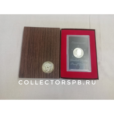 Монета 1 доллар 1971 г. США. В подарочной коробке.
