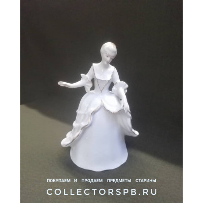 Статуэтка Дама, девушка, балерина, танцовщица. Фарфор. Румыния. ARPO. Советский период.