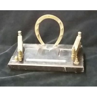 Настольный Письменный чернильный прибор. Мрамор, бронза.